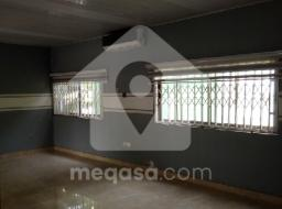 3 bedroom house for rent at Adenta