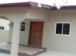 3 bedroom house for sale at Manet ville estates east airport with warehouse behind