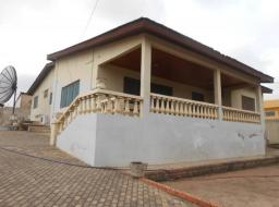 3 bedroom house for sale at DOME,CFC ESTATE