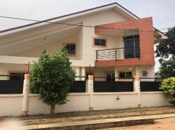 5 bedroom house for rent at North Kaneshie