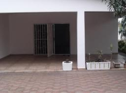 4 bedroom apartment for rent at Dzorwulu