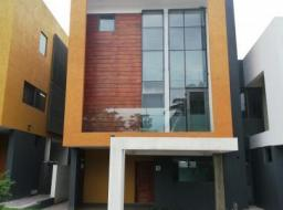 4 bedroom townhouse for sale at Airport