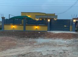 3 bedroom house for sale at Botwe, lakeside Community 3