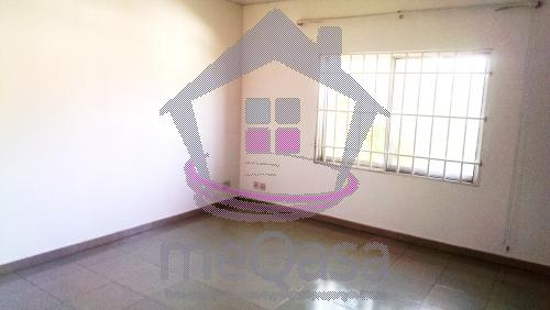 3 bedroom house for rent at Labone
