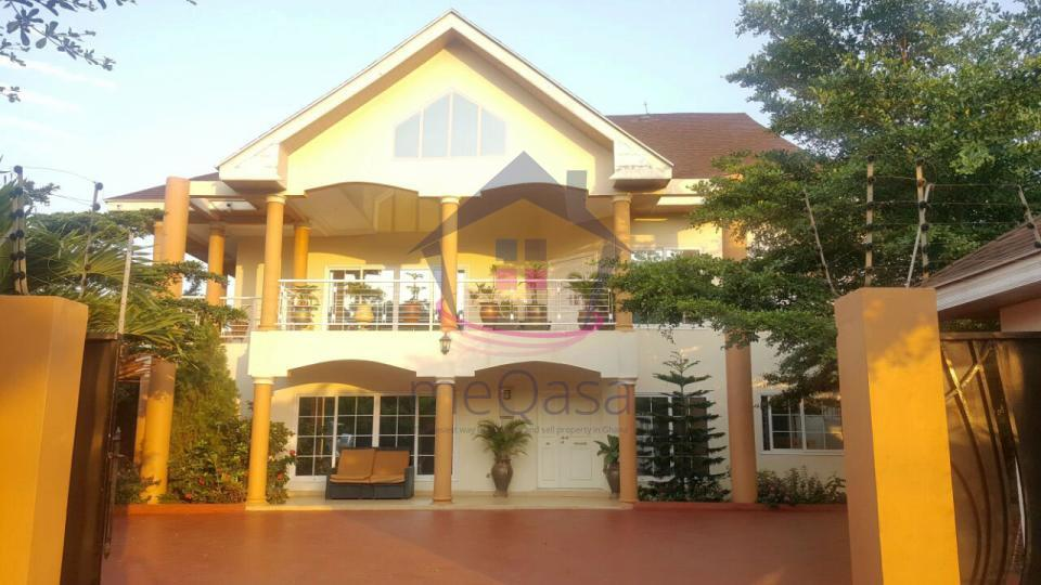 Property photo 3. 8 bedroom house for sale at East Legon   031244
