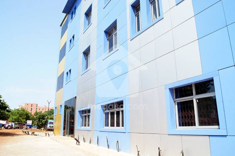 office for rent at tema 076176