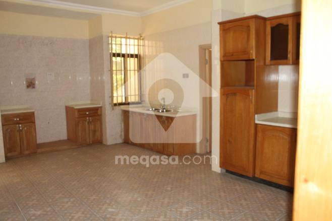 12 Bedroom House  Photo