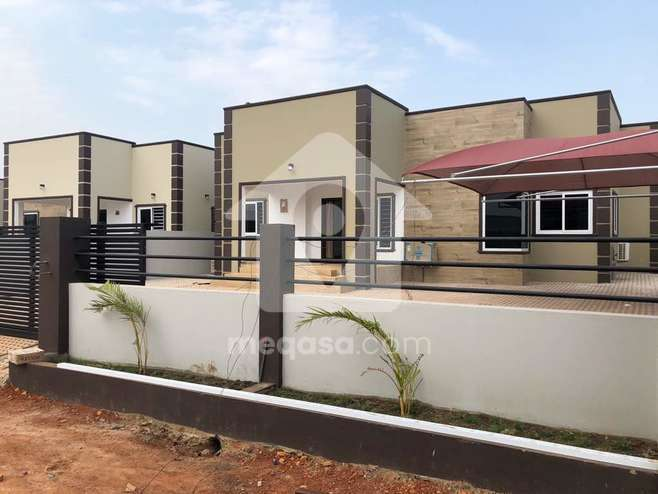 4 Bedroom House For Sale in Accra