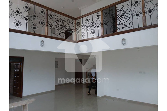 Newly Built 4 Bedroom House For Sale. Photo