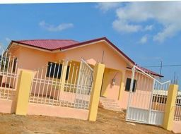 3 bedroom detached house for sale in Kasoa