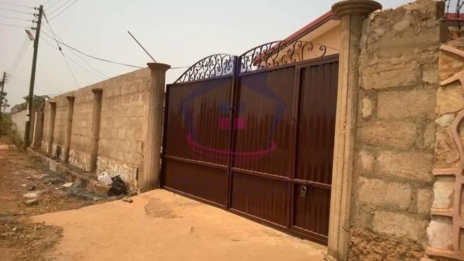 2 Master Bedroom Semi Detached House For Sale Unit Details Meqasa