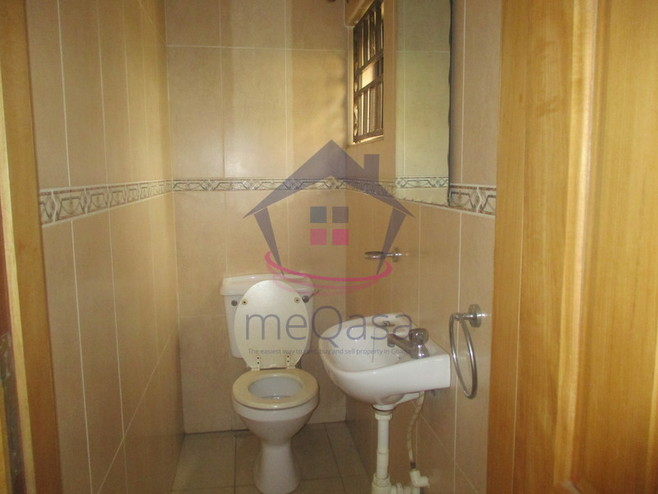 3 Bedroom Town House For Rent in East Legon Photo