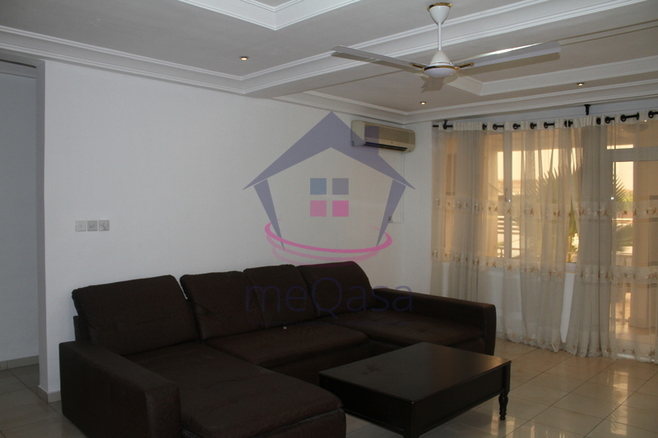 2 Bedroom Apartment To Let Photo