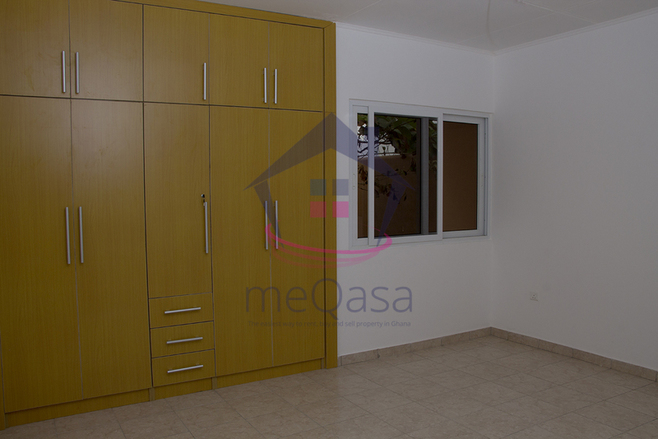 2 bedroom detached house for sale in Accra Photo
