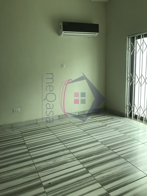5 Bedroom Town House For Rent in Greater Accra Region, Ghana Photo
