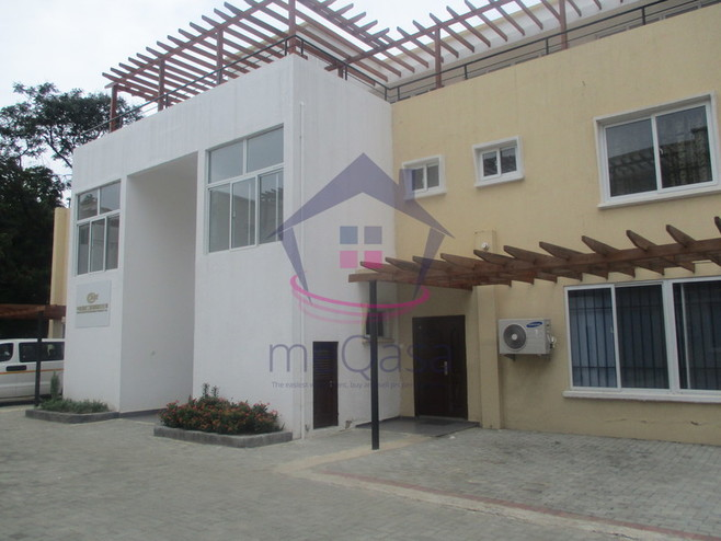 3 bedroom town house for rent in Cantonments Cover Photo
