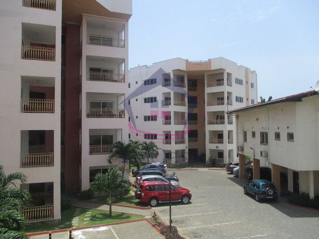 3 bedroom apartment for rent in Airport Cover Photo
