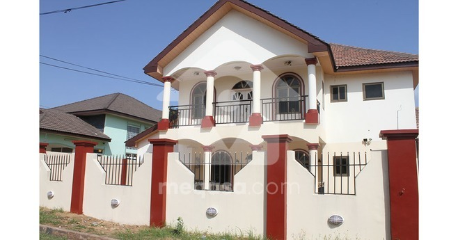 3 Bedroom Self Compound To Let.