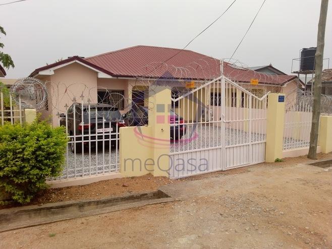 2 Bedroom Detached House For Sale in Kasoa Photo