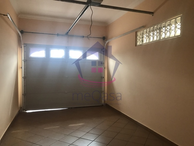 4 bedroom apartment for rent in East Legon Photo