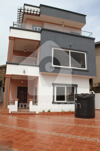 5 Bedroom Swimming Pool House For Sale Photo