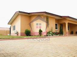 2 bedroom semi-detached house for sale in Accra