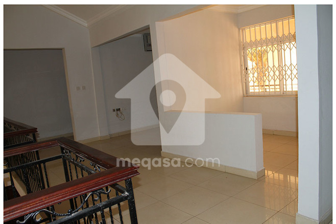 6 Bedroom Storey House To Let Photo