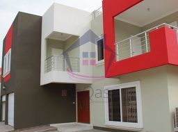 4 bedroom detached house for sale at Tema