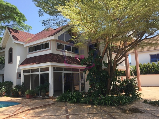 5 Bedroom House For Rent in Greater Accra Region, Ghana