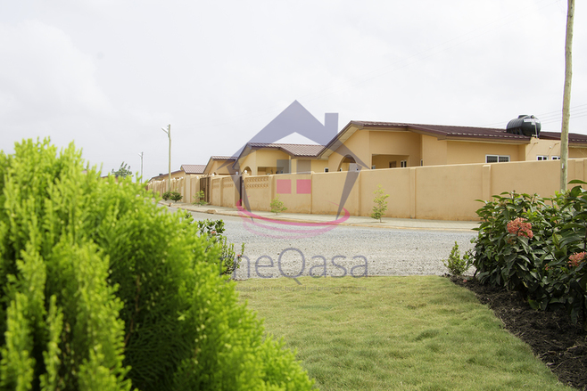 2 Bedroom Detached House For Sale in Accra
