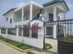 4 bedroom town house for sale in East Airport
