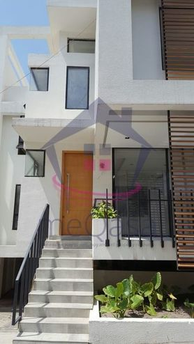 4 Bedroom Semi-detached House For Sale in Cantonments Photo