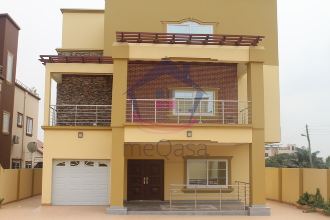 6 Bedroom Storey House For Sale