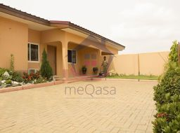 3 bedroom semi-detached house for sale in Accra