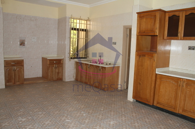 12 Bedroom House To Let Photo