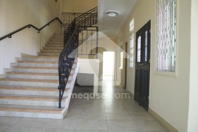 8 Bedroom Storey Building for Rent  Photo