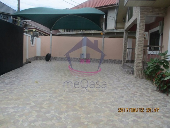 3 Bedroom House For Rent in Spintex Photo