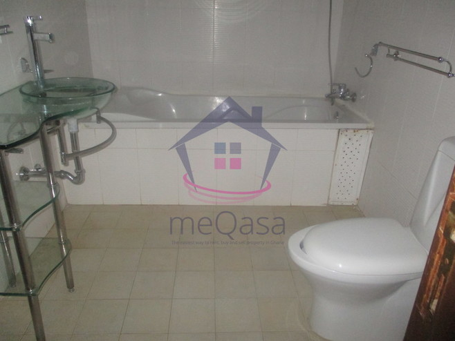 5 Bedroom House For Sale in East Legon Photo