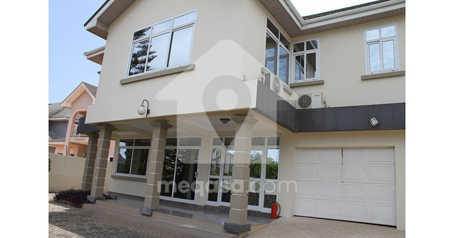 5 Bedroom Storey House To Let Photo