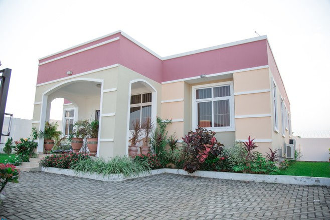 4 bedroom house for sale in Nsawam meQasa