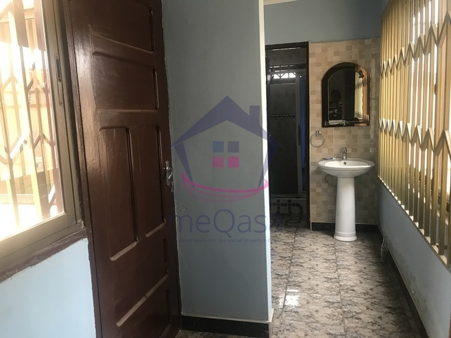 5 Bedroom House For Rent in East Legon Photo