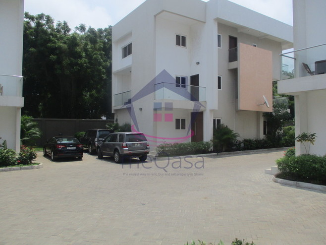 4 Bedroom Town House For Rent in Greater Accra Region, Ghana
