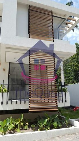 4 Bedroom Semi-detached House For Sale in Cantonments