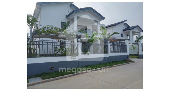4 Bedroom Executive House For Sale Photo