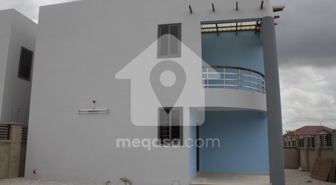 4 Bedroom Storey House For Rent
