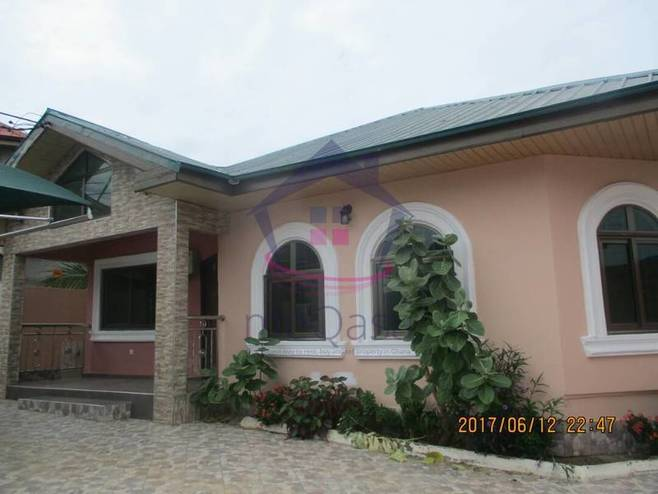 3 Bedroom House For Rent in Spintex