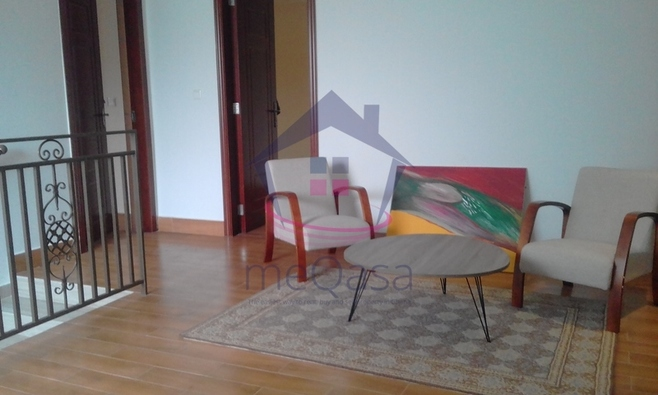 5 Bedroom Townhouse For Rent. Photo